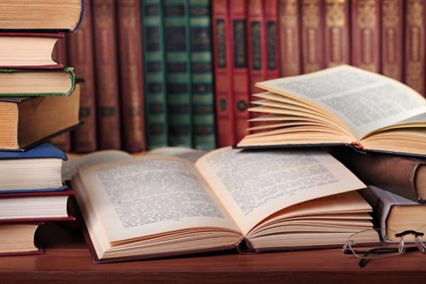 Kiermasz książek religijnych